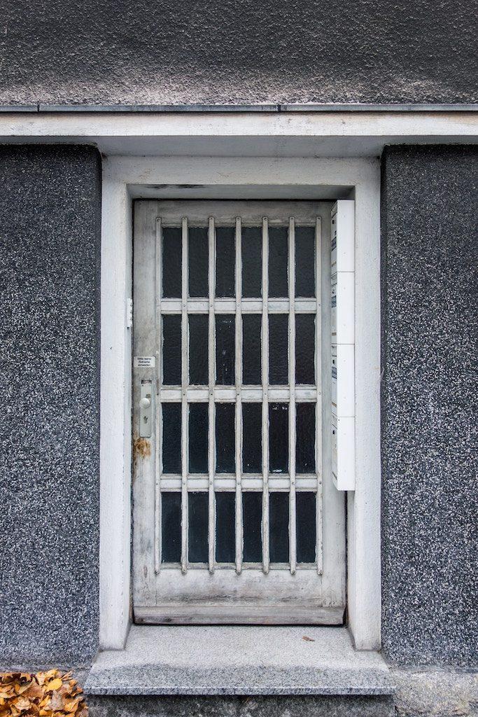 Casa no habitada en Barcelona con contrato de renta antigua